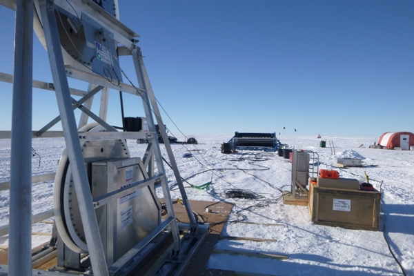 P1340862a_Paul_Anker_British_Antarctic_Survey.jpg